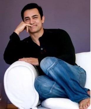Amir Khan In Koi Jaane Na