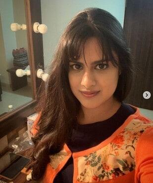 Neha Mahajan As Bindiya In Koi Jaane Na